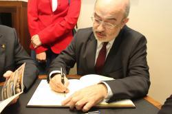 Sr. Jesús Prieto de Pedro, director general de Bellas Artes y Bienes Culturales del Ministerio de Cultura