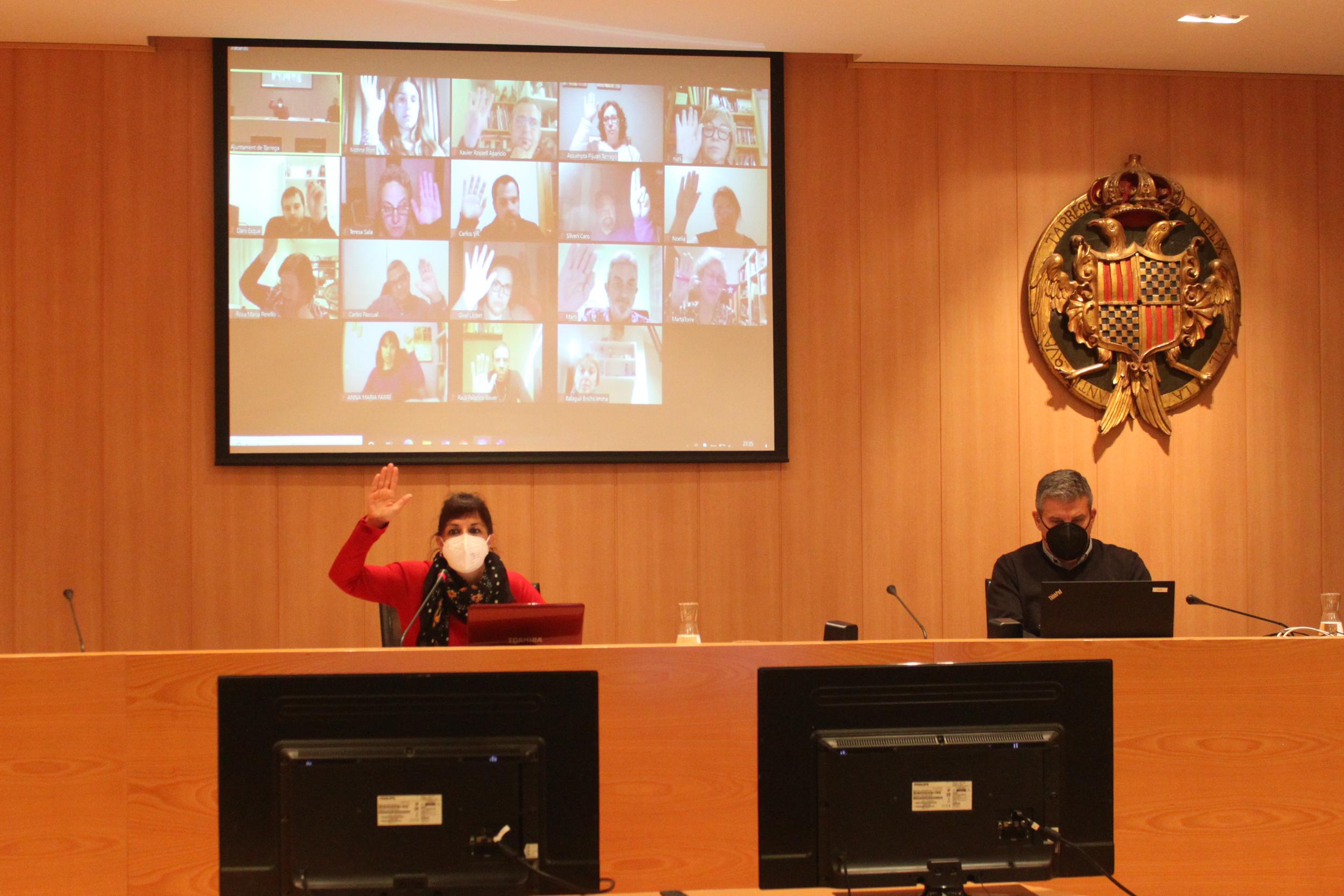 El Ple de Tàrrega aprova per unanimitat el canvi de nom del carrer d'Alfons XII per dedicar-lo a l'activista cultural i locutora Pilarín Minguell Pont